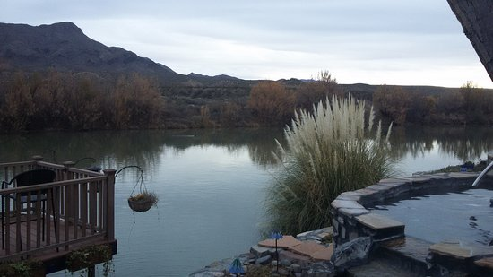 Riverbend Hot Springs: Hot springs pool on the Rio Grande