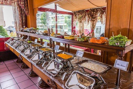Kurry Masala: Restaurant