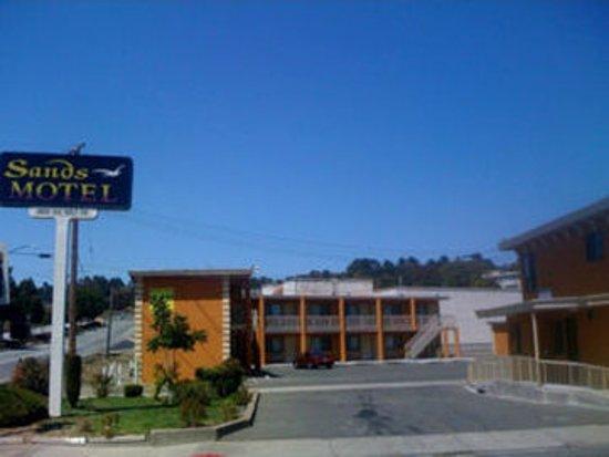 San Pablo, Калифорния: Sands Motel Main Exterior