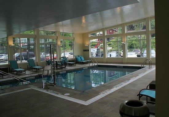 Monroeville, PA: Indoor Pool