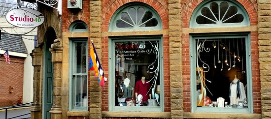 Lewisburg, WV: Visit us at the corner of Washington & Court streets.