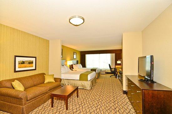 Holiday Inn Express  U0026 Suites Williston