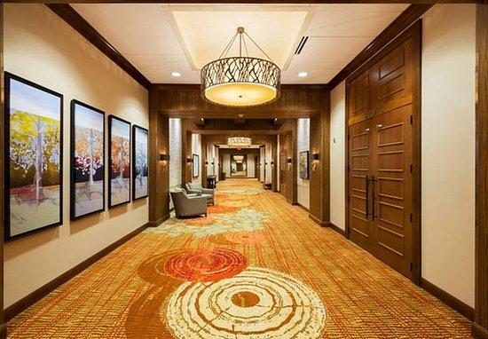 Westminster, CO: Marriott Ballroom – Pre-Function Foyer