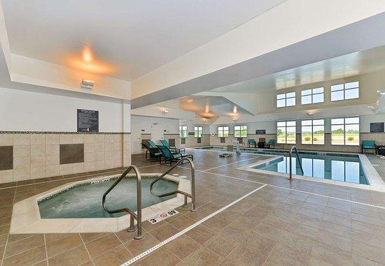 Coralville, IA: Indoor Spa