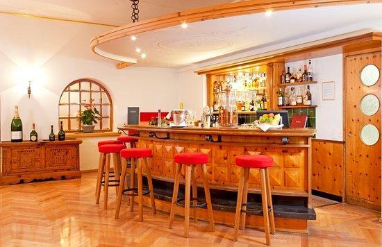 Sils im Engadin, Suisse : Hotel Edelweiss Sils Maria Bar