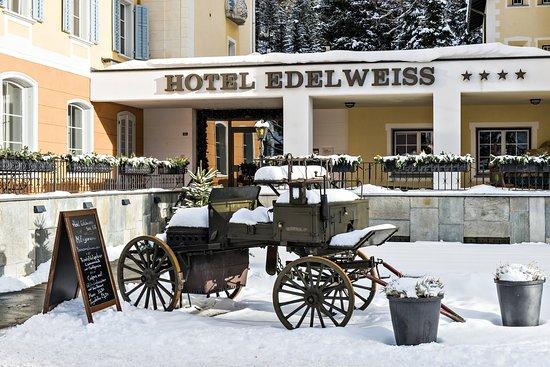 Sils im Engadin, Suisse : Edelweiss Aussenansicht