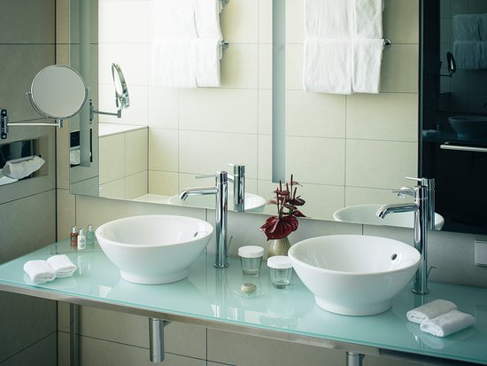 andel's by Vienna House Berlin: Andels By Vienna House Berlin Bath Room Detail