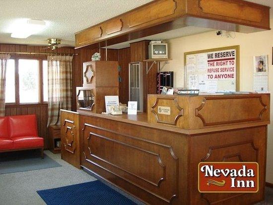 Nevada, MO: Office