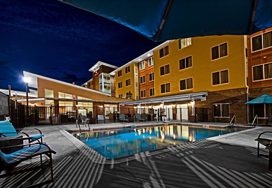 Greenville, Kuzey Carolina: Outdoor Pool