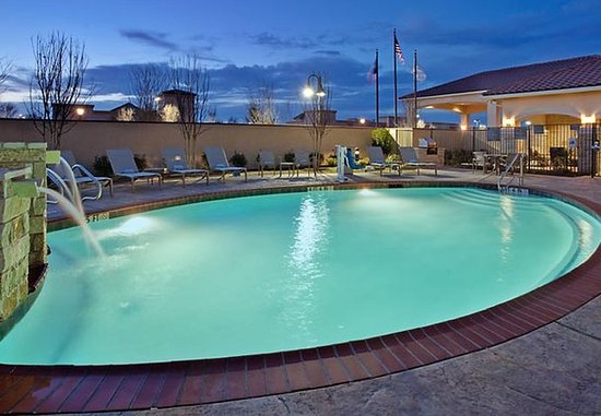 Odessa, TX: Outdoor Pool