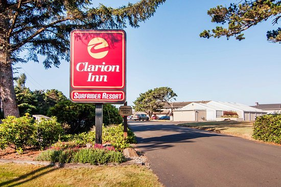 Clarion Inn Surfrider Resort: Exterior