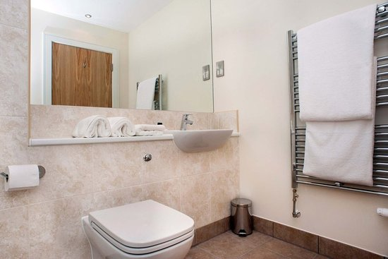 Longniddry, UK: Superior Bathroom