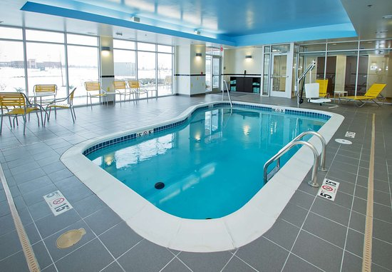 Wentzville, MO: Indoor Pool