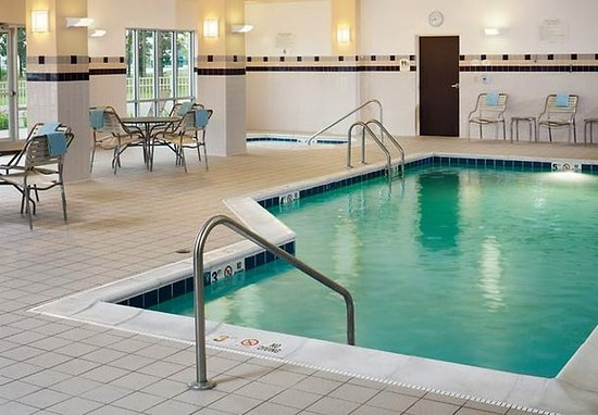 Midland, MI: Indoor Pool & Whirlpool