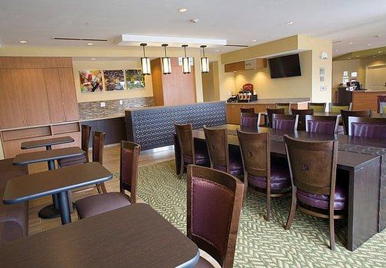 Ridgeland, MS: Breakfast Dining Area