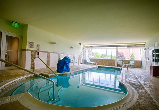 North Canton, OH : Indoor Pool