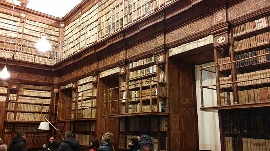 Province of Piacenza, Italy: Galleria Alberoni