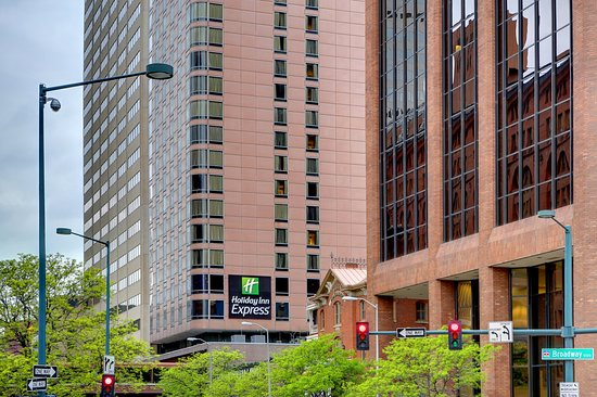 Holiday Inn Express Denver Downtown : Beautiful view from 18th Street