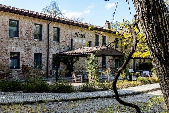 """Hotel """"La Maison de Vi"""""""