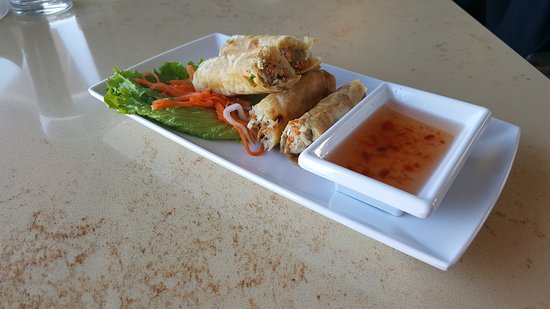 Savage, MN: Pork and shrimp egg rolls