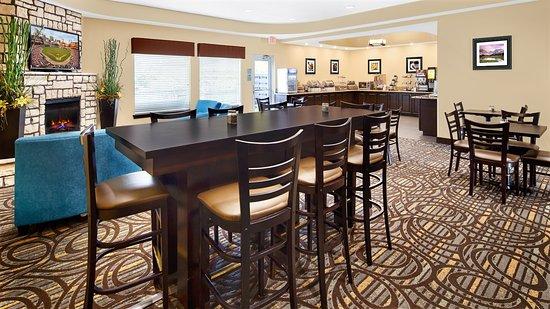 Washington, MO: Breakfast Room