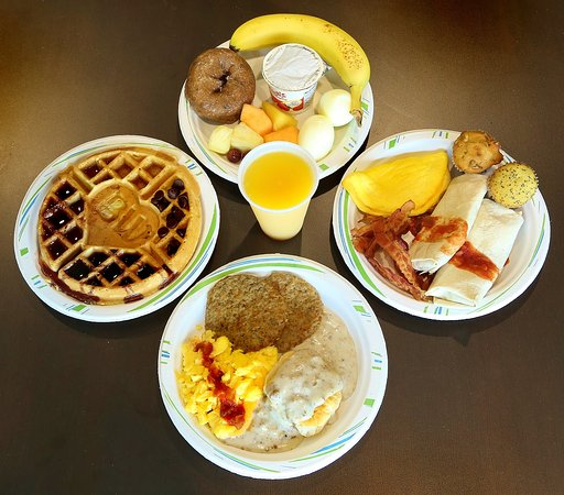 Washington, MO: Full hot, deluxe breakfast with changes to menu for variety, gluten & dairy free options, and mo