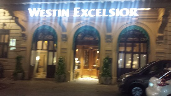 The Westin Excelsior Florence: Exterior Entrada