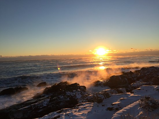 Rockmere Lodge: Sunrise on Marginal Way