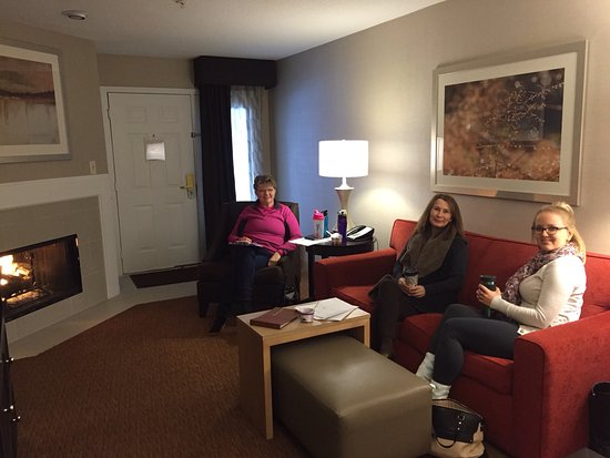 Lafayette, IN: Hanging out in the living area!