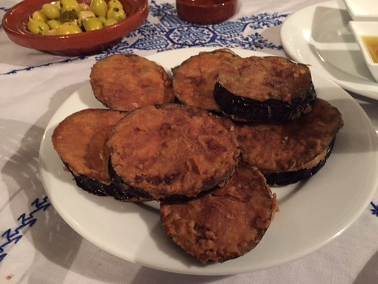 Riad Dar Guennoun: Mindreaders! They made the Aubergine exactly the way I love it (pleasantly surprised!)
