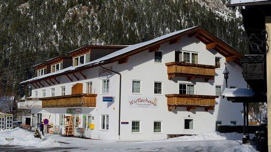 Bichlbach, Austria: Wirtlerhaus Apartments