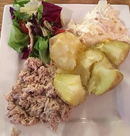 Newent, UK: Best jacket potatoes in miles with the most delicious honey dressing.