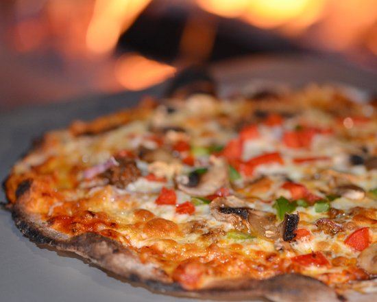 Brockville, Canadá: Fantastic Pizza from the city's only Wood-Fired oven.