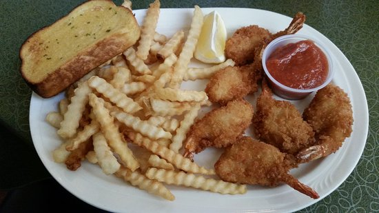 Monroe, WI: Jumbo Shrimp and fries, also served with choice of soup or salad