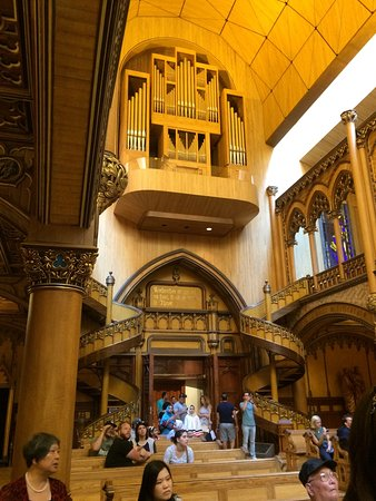 Montreal, Canada: Inside the church