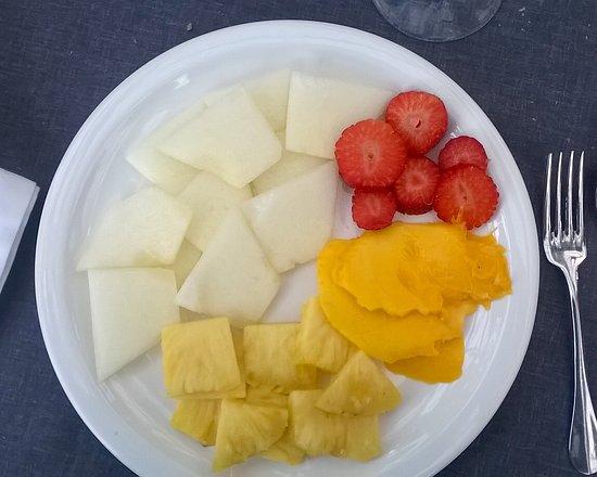 Fruta variada preparada muy rica bild fr n el invernadero de los pe otes alcobendas - Los penotes alcobendas ...