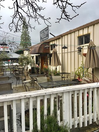 Murphys, CA: Rob's Place