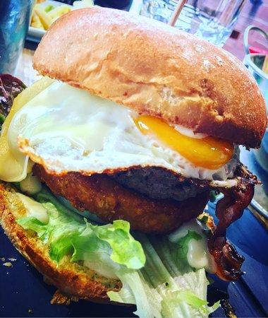 L'Arbresle, Francia: Burger Montagnard