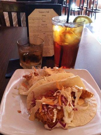 Apalachicola, FL: Flounder tacos