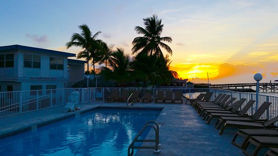 Key Colony Beach Motel: Morning Sunrise
