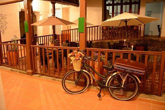 Moncora Hostel