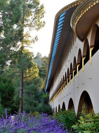 San Rafael, كاليفورنيا: Frank Lloyd Wright's Marin County Civic Center