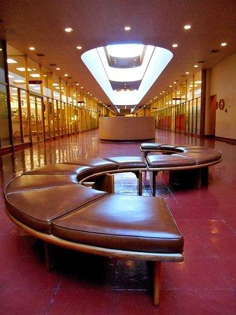 San Rafael, CA: Frank Lloyd Wright's Marin County Civic Center
