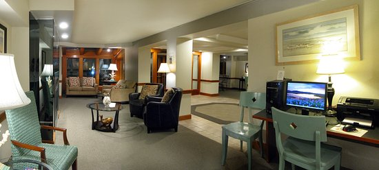 Westport, WA: Cozy up by the fire, read a good book, or watch a little tv in our lobby.  Nice and warm!