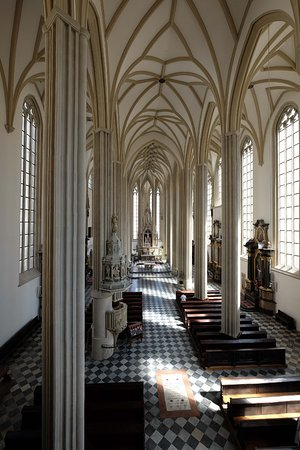 St. Jacob's Church : オルガン席から見た堂内。