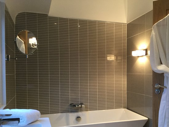 Wirral, UK: Superior king room ensuite