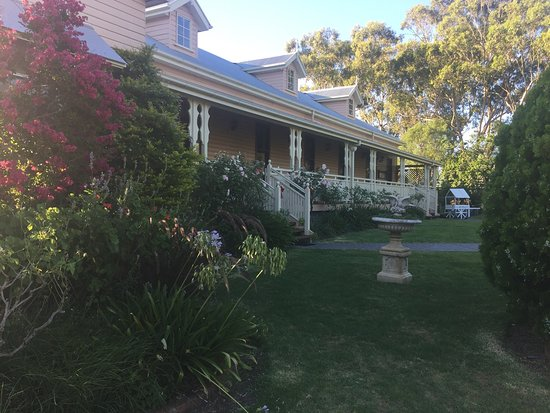 Glenrose Bed & Breakfast