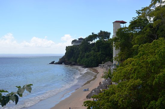 Santa Barbara de Samana, Den dominikanske republikk: the beach from The Bridge to Nowhere