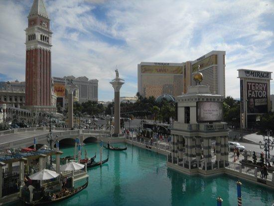 Vegas at it's best!