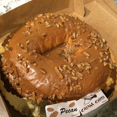 The Ambrosia Bakery: Love the king cake.